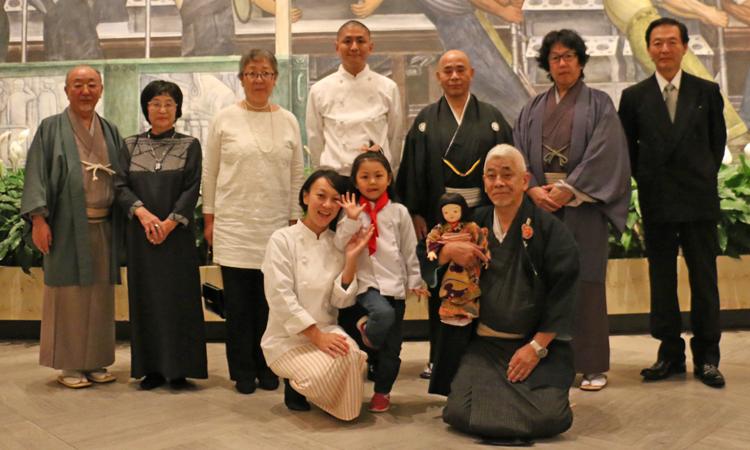 日本からお呼びした伝統工芸師の皆さんと和菓子職人さん