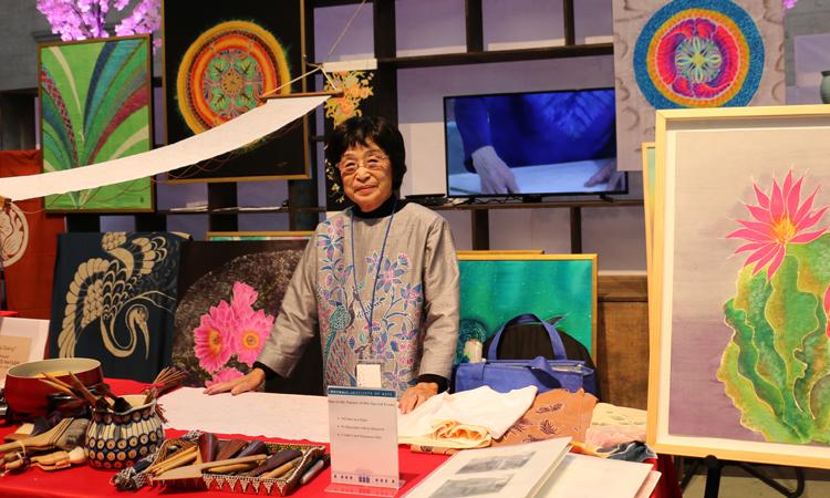 2017年11月のJCDイベントでの林節子師匠(絞り染め)のブースでの作品展示
