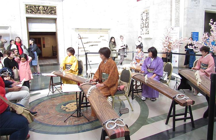 琴グループ「雅」の演奏とワークショップ
